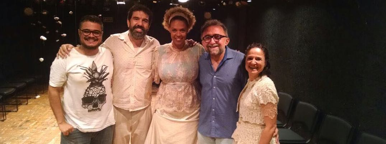 Viva o teatro brasileiro! Viva redemunho!